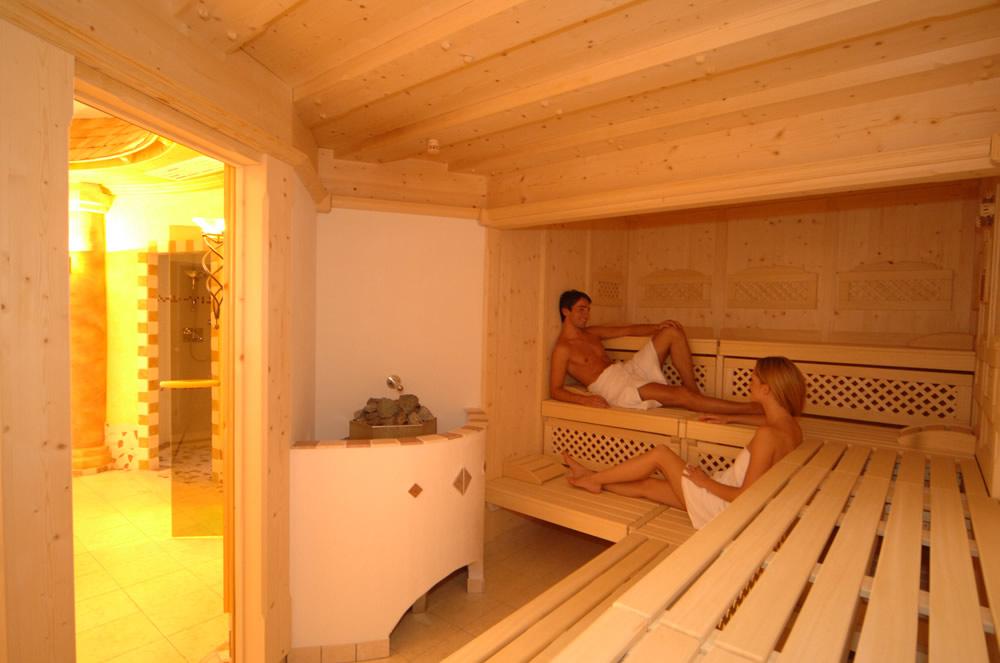 nudisten massage bodytobody